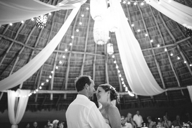 brooke-travis-wedding-photos-17.jpg