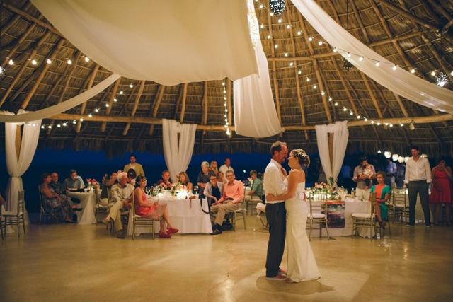 brooke-travis-wedding-photos-18.jpg