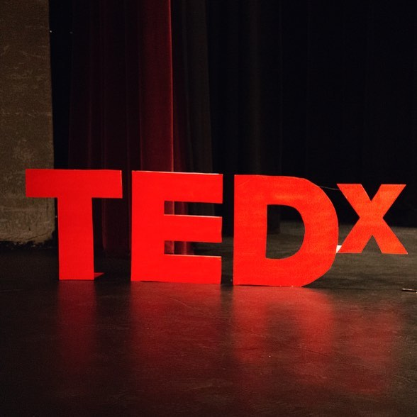 "HAVE I TOLD YOU ALL I'M APPLYING TO GIVE A TEDX TALK?! It'll be in April at Brandeis University, and the message is ""curiosity sets us free."" ⠀⠀⠀⠀⠀⠀⠀⠀⠀ I'll be telling the story of how getting curious about others' perspectives, even the ones we considered evil or impossible, allowed me to break free of my fundamentalist religion — an insular world that defined all I I knew. ⠀⠀⠀⠀⠀⠀⠀⠀⠀ Once I did that, I could come out of the closet, recover from mental illness, and survive family rejection, and create a life beyond my wildest imagination (oh my!) 😂 ⠀⠀⠀⠀⠀⠀⠀⠀⠀ But I'll be sharing my story not because it's unique — but because it's NOT. ⠀⠀⠀⠀⠀⠀⠀⠀⠀ See, in this talk I want to take the struggles and victories of apostates around the world public. Our struggles — ex Mormon, Ultra Orthodox Jewish, Catholic, Muslim, Scientologist, etc. — can be so similar. And yet we all have a common superpower: we reinvent ourselves, the ways we see the world, and our lives. 🌿💡🧠 ⠀⠀⠀⠀⠀⠀⠀⠀⠀ So, friends who've reformed or left their religions, if you have anything to share about how asking questions, reimagining life, and generally getting curious has helped your journey — I would LOVE to hear from you. 💕 Let's do this. #apostatestogether #curiousandfree"