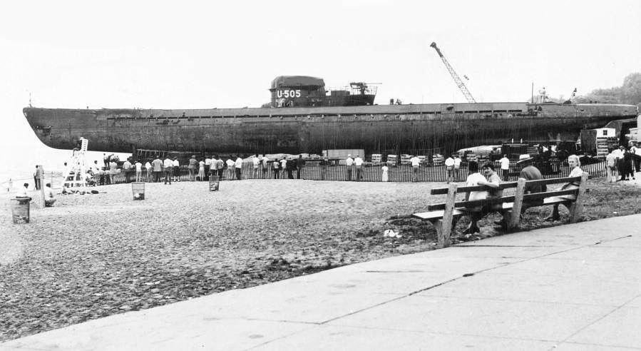 The U-505 prepares for its journey across Lake Shore Drive to its new home at the Museum of Science and Industry, 1954.