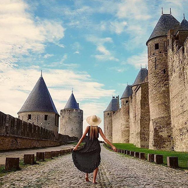 Write your own fairytale • ✨ @windsunset . . . . . #carcassonne #dametraveler  #passionpassport #livefolk #ventureout #worlderlust #adventureculture #seetheworld #traveladdict #roamtheplanet #welltravelled #earthofficial #girlsabroad #sheisnotlost #unesco #travelcouple  #passportready #femmetravel #natgeotravel #wanderlust #travelawesome #dreamdestination #bbctravel #radgirlslife #traveldeeper #travelstoke #lonelyplanet #visitfrance #travelbug #letsgoeverywhere