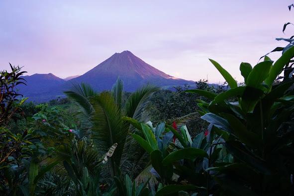 Leaves and Lizards - Wellness Retreat   La Fortuna, Costa Rica