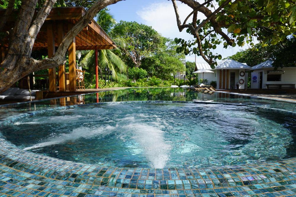 Ibagari Boutique Hotel - Beachfront Luxury | Roatan, Honduras