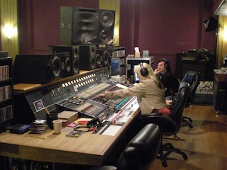 - Tracking Drums with Sylvia Massy - RadioStar/Loud Place