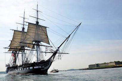 ship-661625-340.jpg