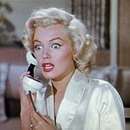 170px-gentlemen-prefer-blondes-movie-trailer-screenshot-16.jpg