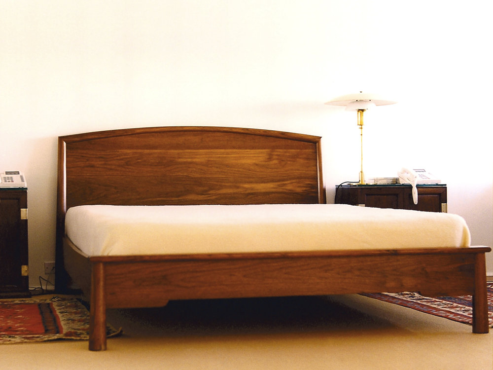 ML bed 1- walnut
