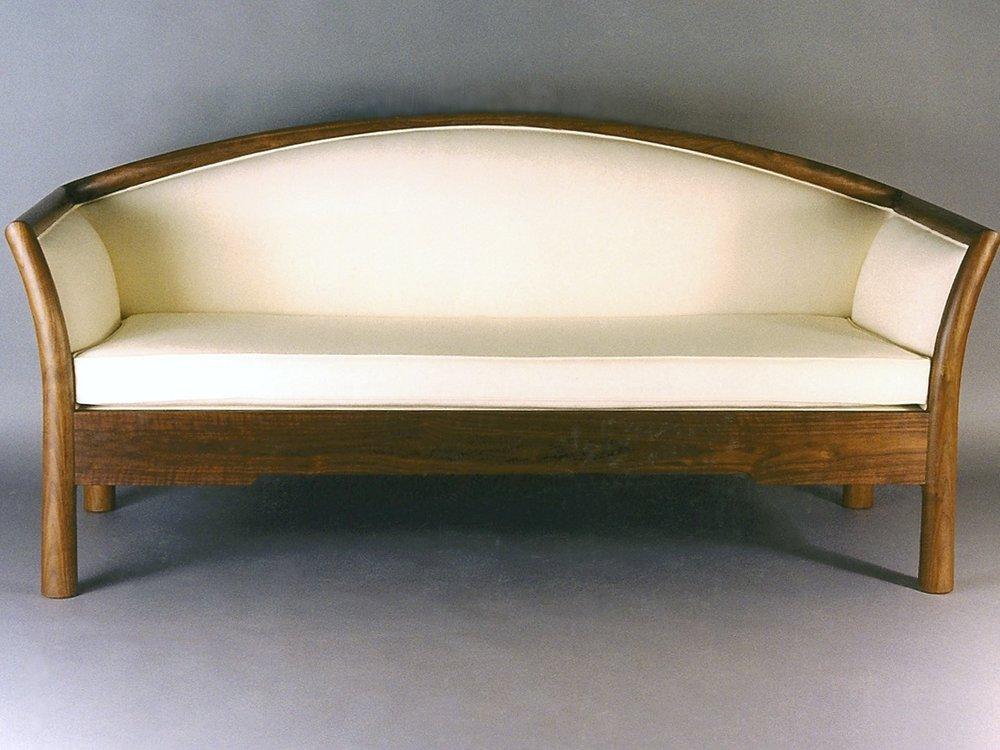 MLsettee- walnut, upholstery