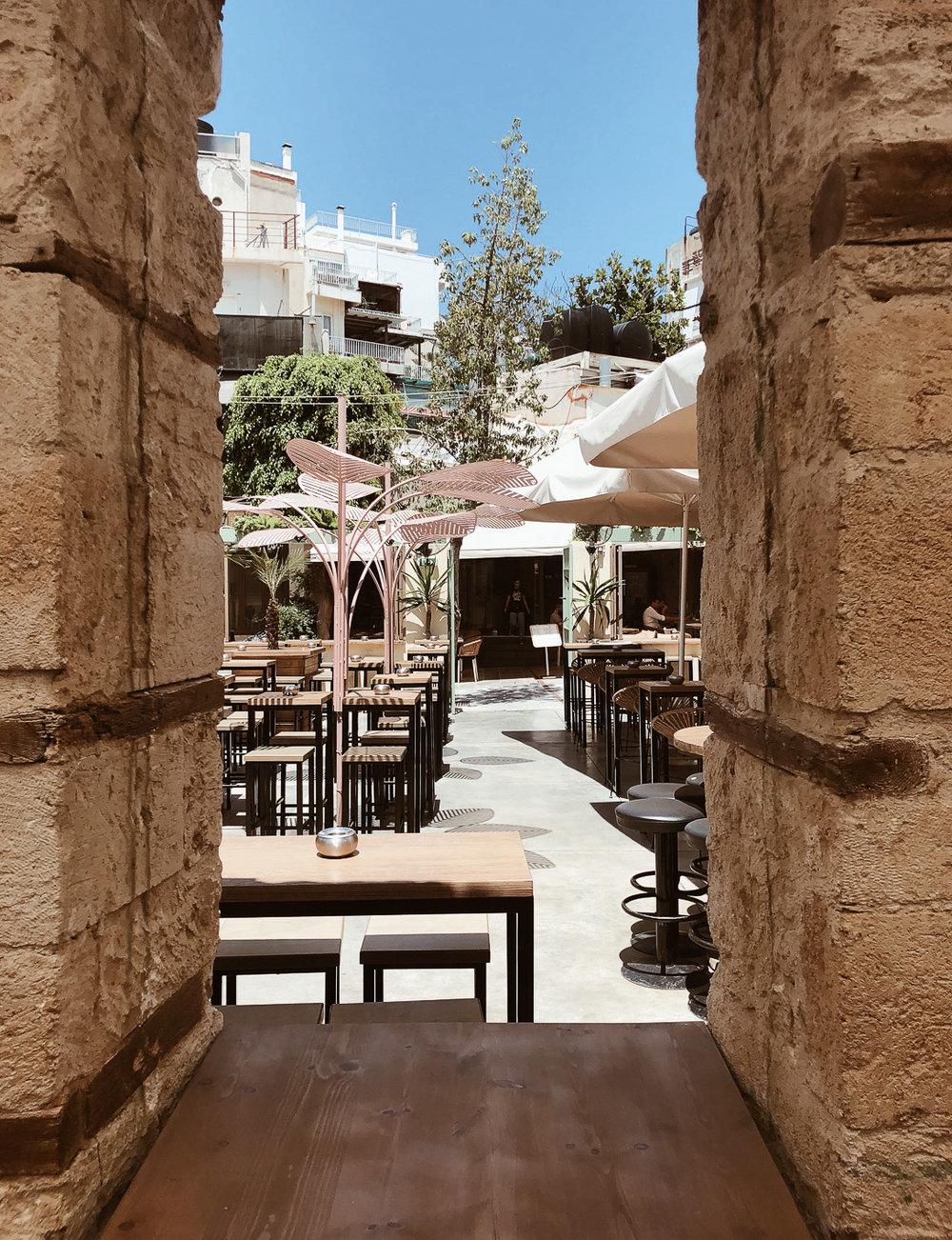 Little-boho-blog-crete-heraklion-open-bar10.jpg