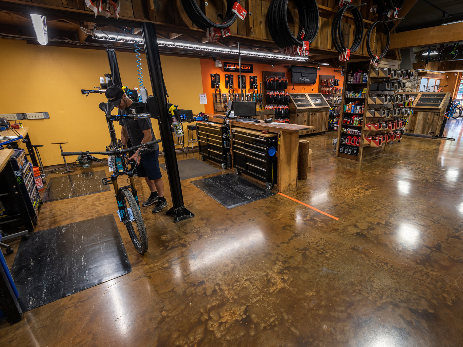 9c031b705 Trail Head Cyclery - Advertising - V2 11.JPG