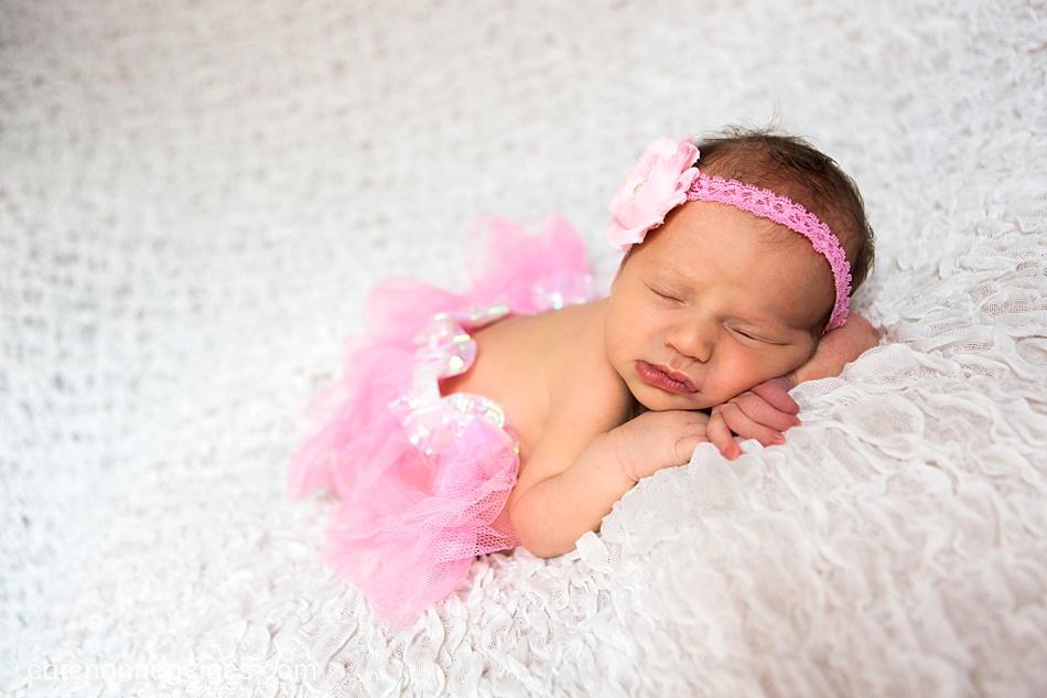 Ella_Newborn-43