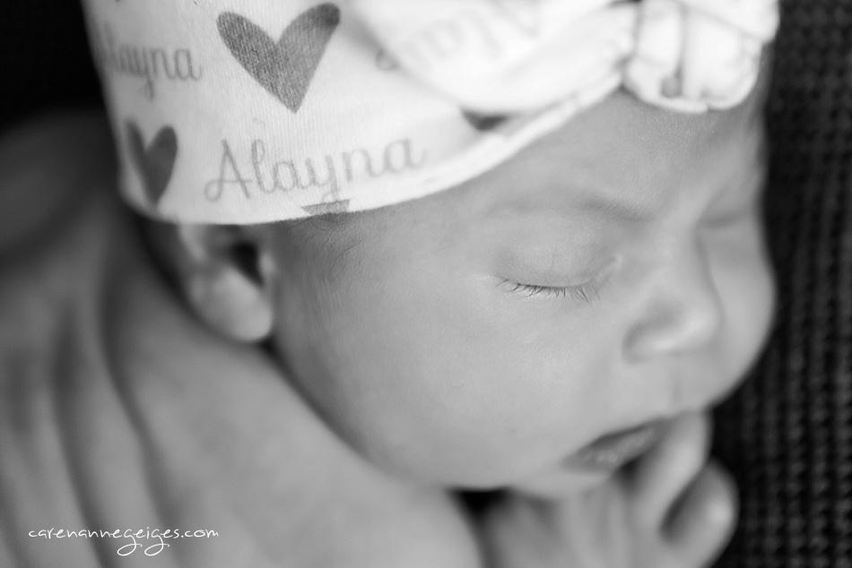 Alayna_Newborn-9