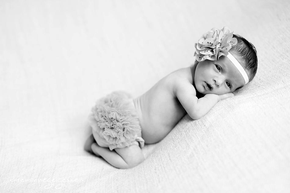 Viviane_Newborn-9