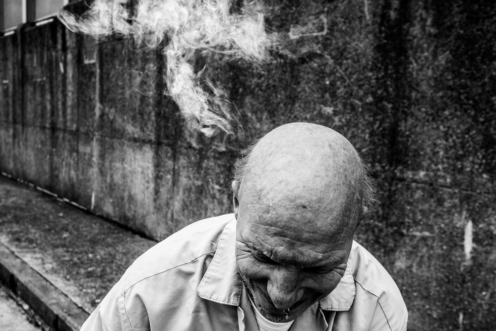 Inmate victim of mental illness got memory problems and forget everything that is said after a period of a few minutes. At the time in the center of Paifve, he did not know his release date. Paifve, Liège, July 2011