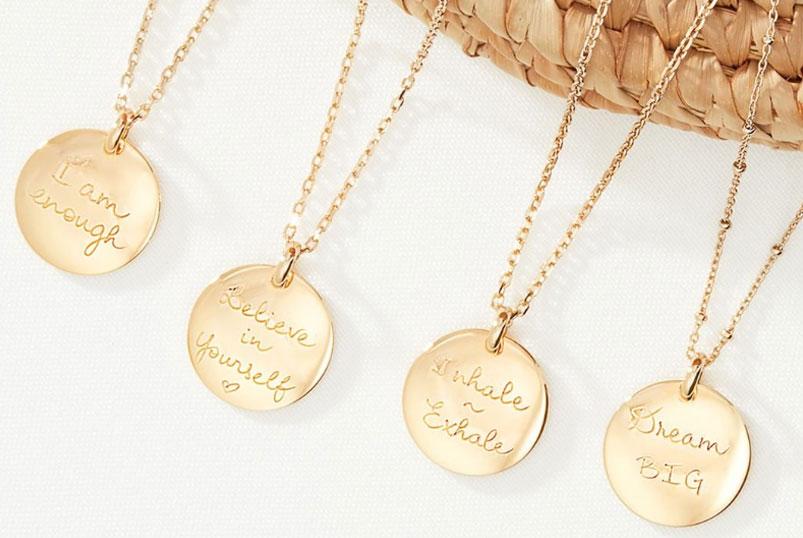 bijoux-personnalisagles.jpg