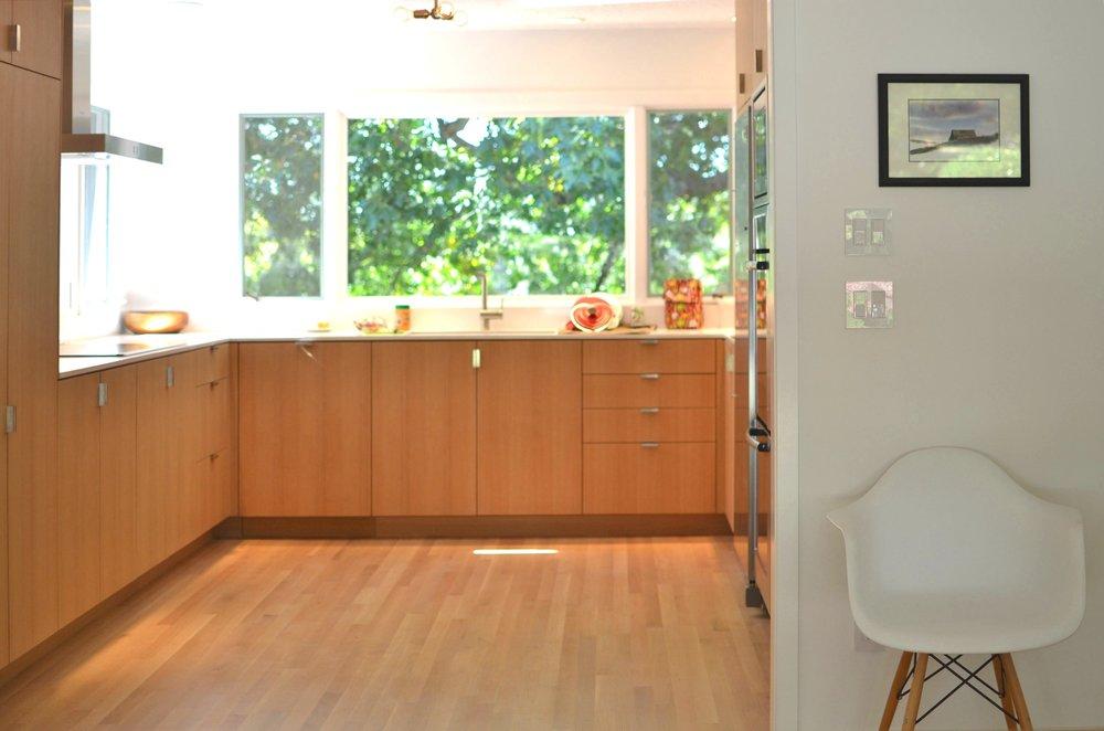 stokes kitchen copy.jpg