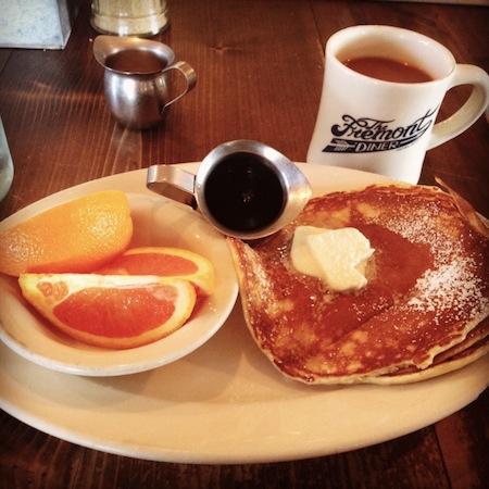 fremont-diner-pancakes