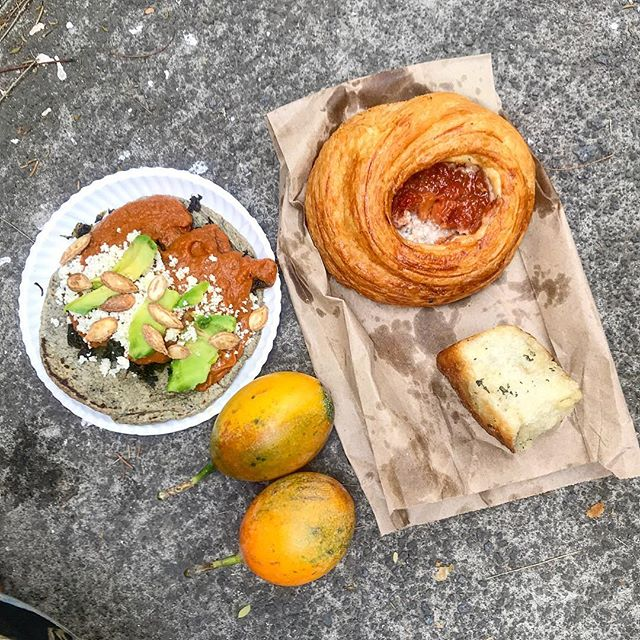 Sitting at a farmers market in 80 degree weather eating a banana mole and kale taco, guava and rosemary pastries, and granadilla passionfruit. I am the happiest girl in the world #mexico #mexicocity