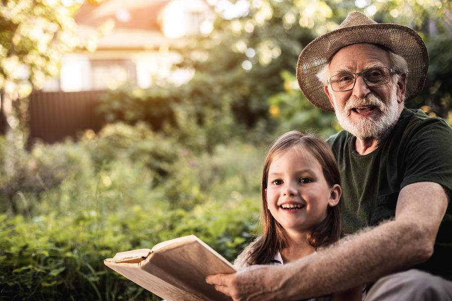 21. What is an Intergenerational Novel?.jpg