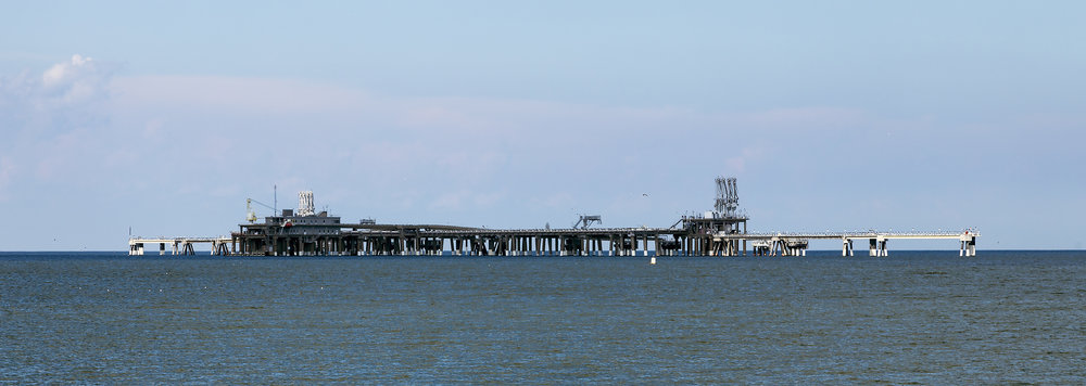 The liquefied natural gas loading pier at the Dominion Cove Point LNG facility, Maryland, USA (Photo Credit:  Acroterion )