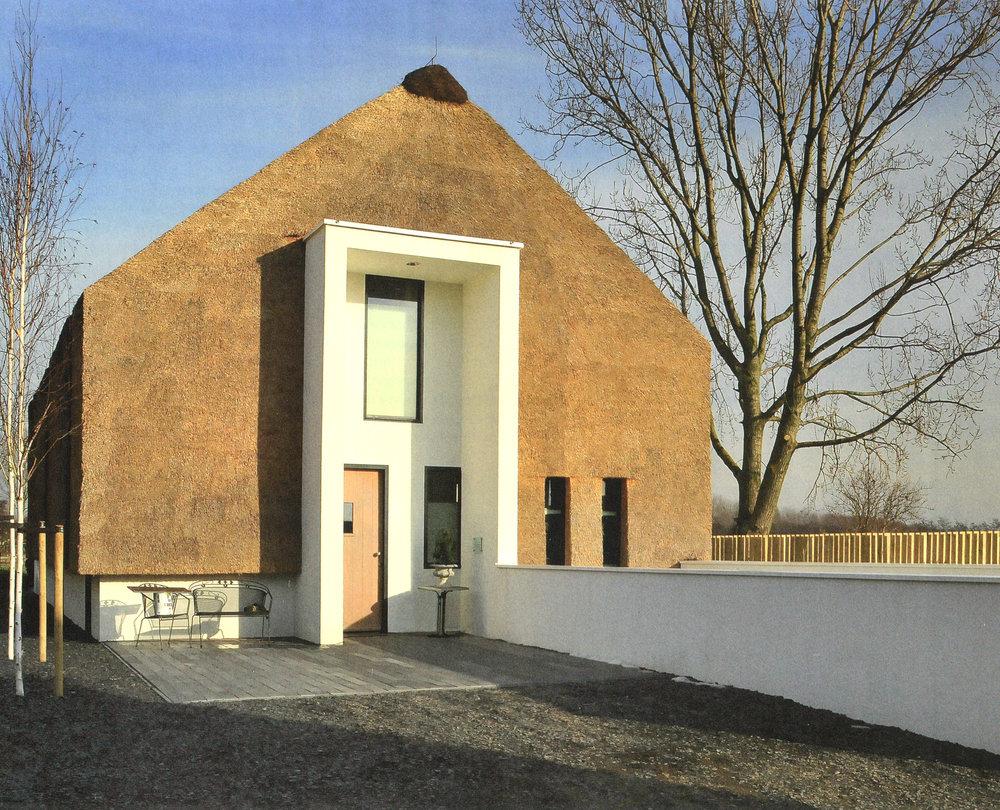 07-modern-rieten-dak-VOOGT-rietdekkers-Delft.jpg