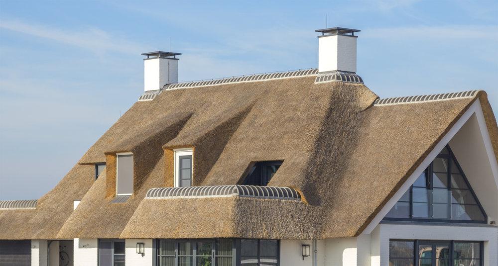 07-klassiek-rieten-dak-VOOGT-rietdekkers-Delft.jpg