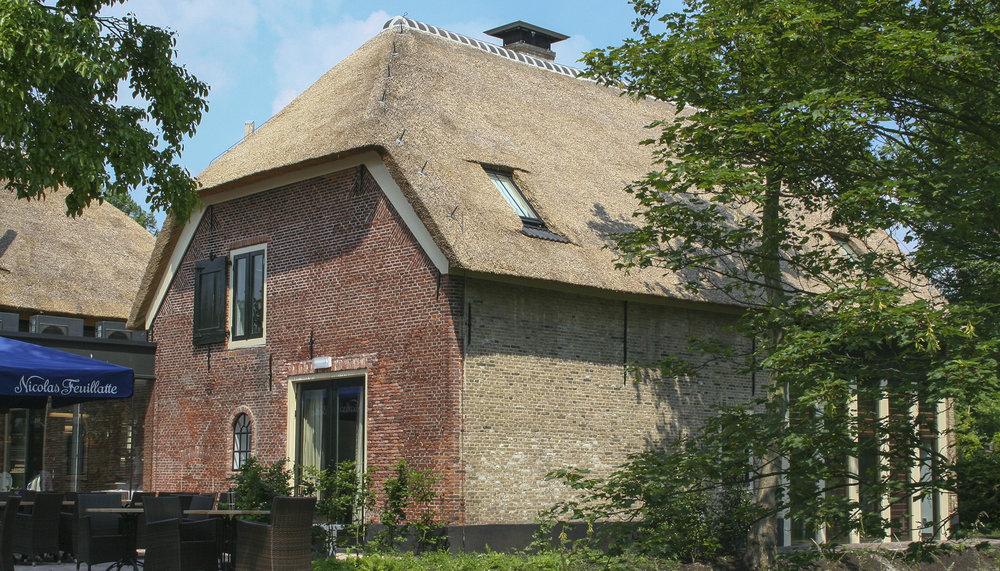 25-klassiek-rieten-dak-VOOGT-rietdekkers-Delft.jpg