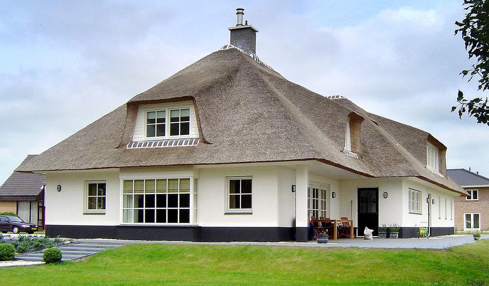 35-klassiek-rieten-dak-VOOGT-rietdekkers-Delft.jpg