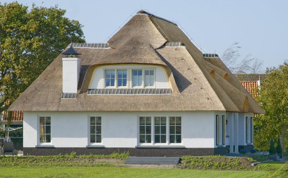 47-klassiek-rieten-dak-VOOGT-rietdekkers-Delft.jpg