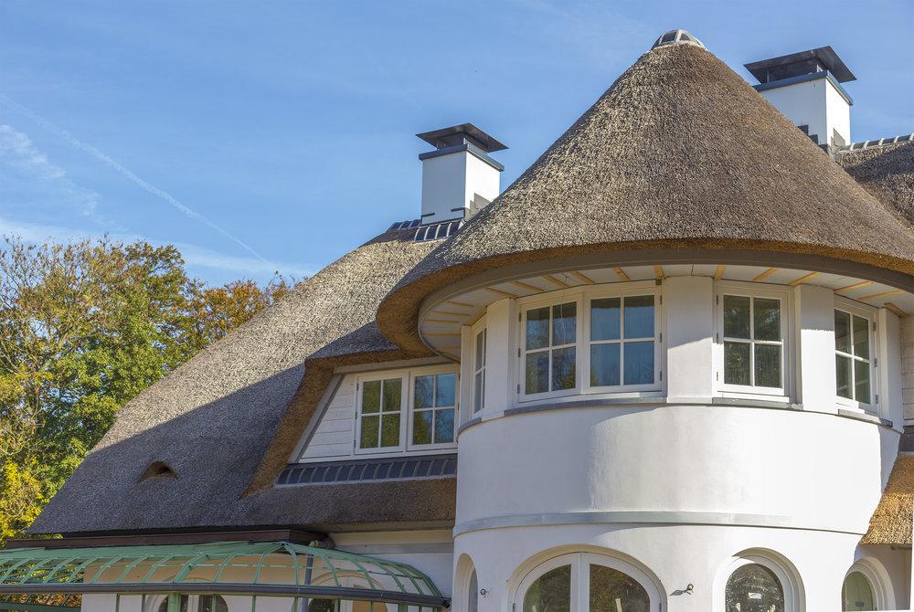71-klassiek-rieten-dak-VOOGT-rietdekkers-Delft.jpg