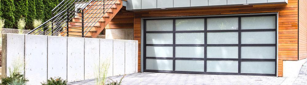 8800-Aluminum-Garage-Door-Black-White-Laminated.jpg