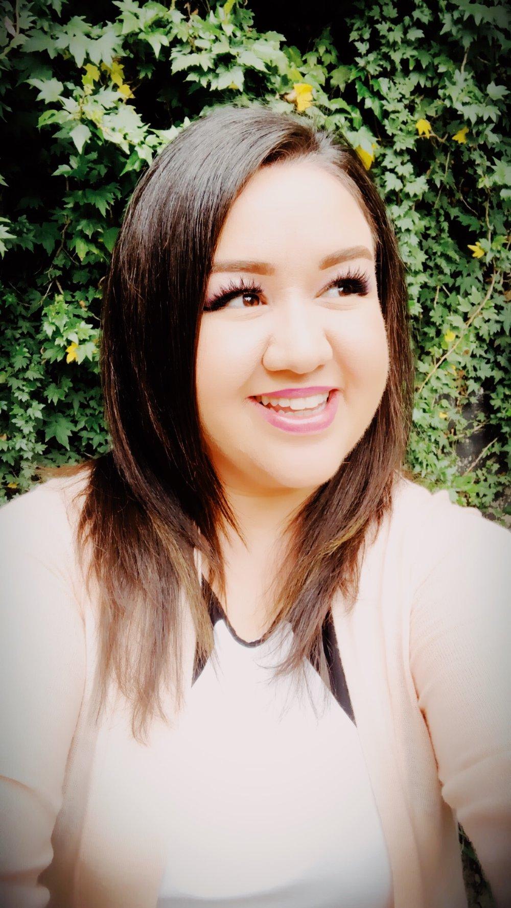 Edith Duarte is the Editor of    Ella Inspires    and Creative Director of    EllaDesign.Studio    (coming soon)