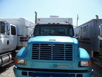 1999 International Wireline . . . . . . . . . #trucks #trucksforsale #oklahoma #truckerslife #truckerstyle #truckers #oilfieldlife