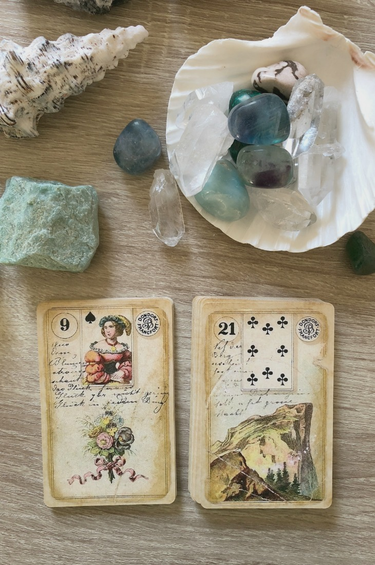 Lenormand Bouquet card combinations and interpretations. Learn how to combine the Lenormand Bouquet card for general, love, business, money, health and other types of readings. Here is how to combine Bouquet with Lily, Heart, Stork, Birds and other cards in your deck.