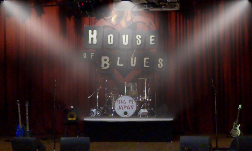 BIG IN JAPAN_House of Blues (Stage)PS_5x3.jpg