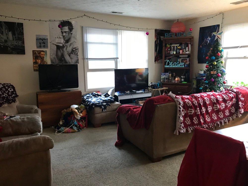 1510 living room.jpg