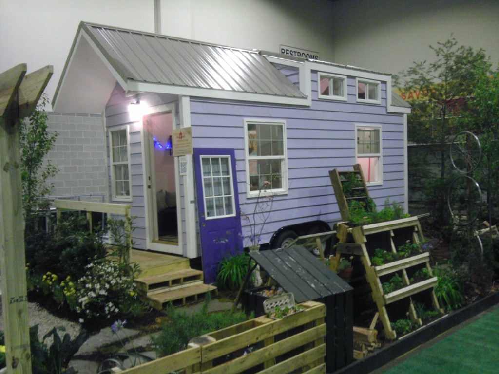 tiny-house-northeast-001