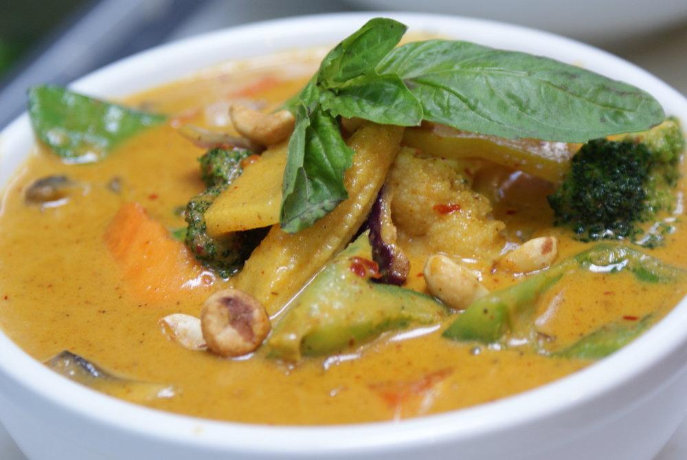 Veg red curry.JPG