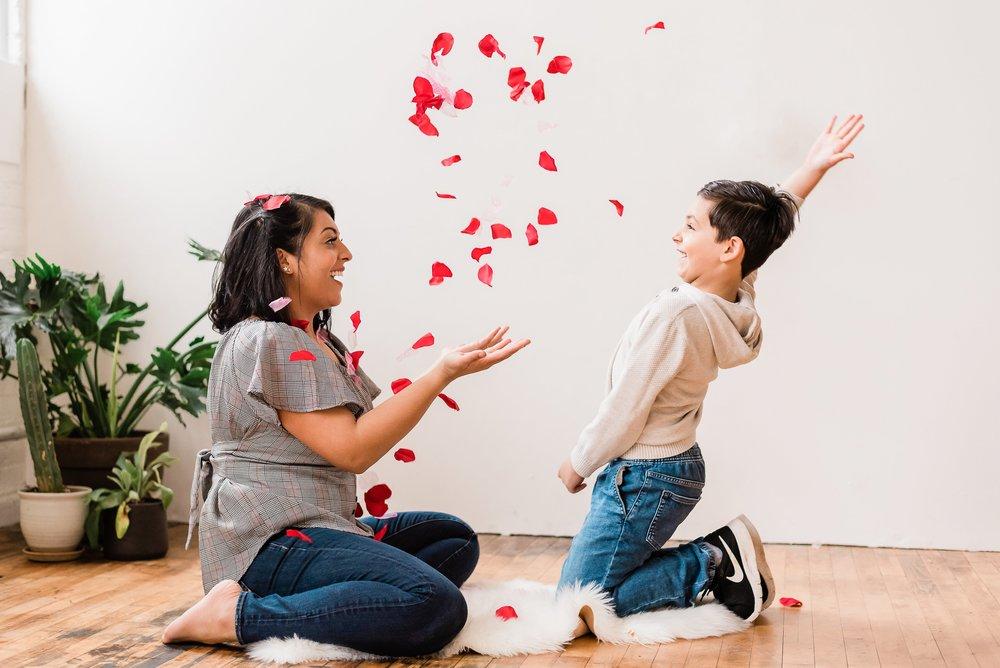 Valentine's day mini session photos in Portland Oregon