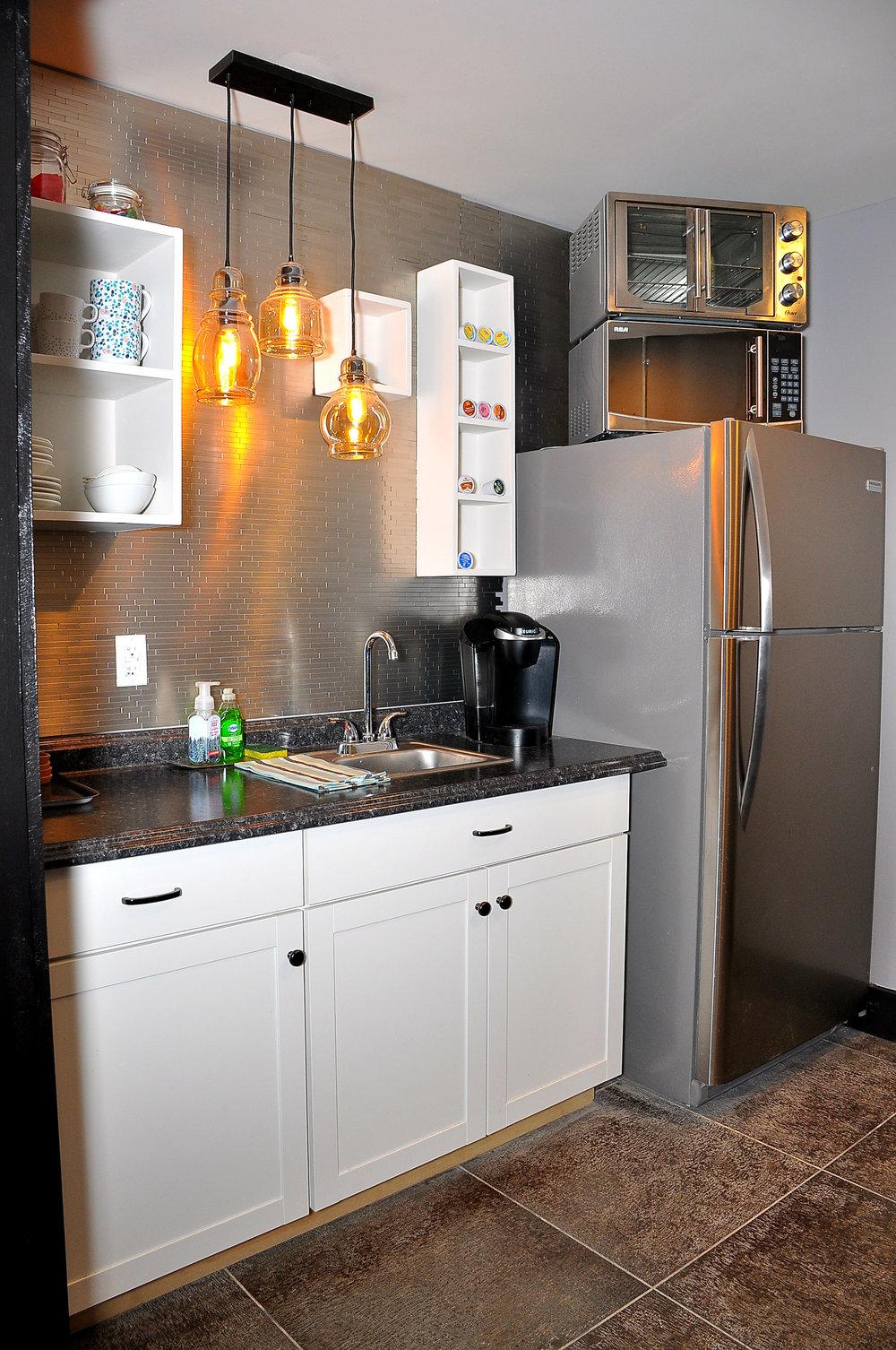 11b Greynoise Kitchen.jpg