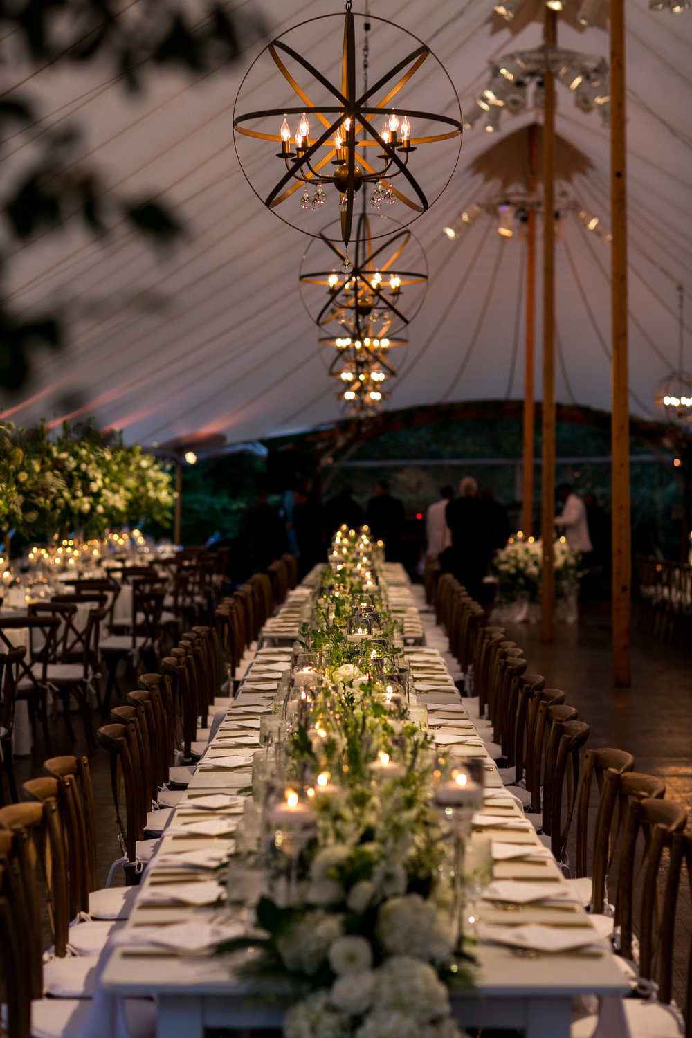 KATY-AND-TOM-HINGHAM-MASSACHUSETTS-WEDDING-DESTINATION-LUXURY-WEDDING-CATHOLIC-CHURCH-BACK-YARD-SPERRY-SAIL-CLOTH-TENT-COASTAL-CHIC-TIMELESS-ROMANTIC-FARM-TABLES-CHANDELIERS