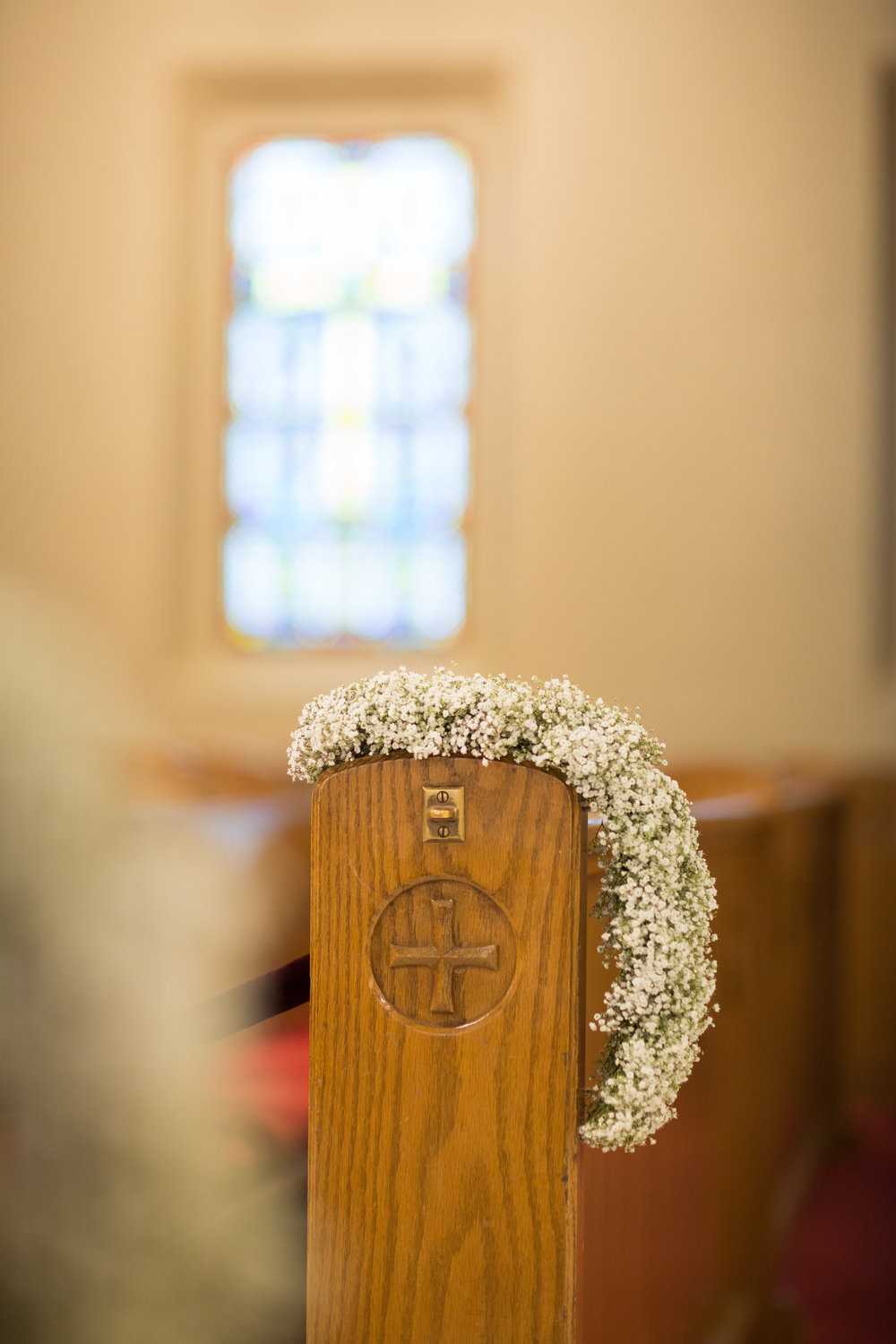 NEW-ENGLAND-WEDDING-PLANNER-BOSTON-STATE-ROOM-LUXURY-EVENT-PEW-MARKER-CHURCH-FLOWERS-GREEK-WEDDING--13.jpg
