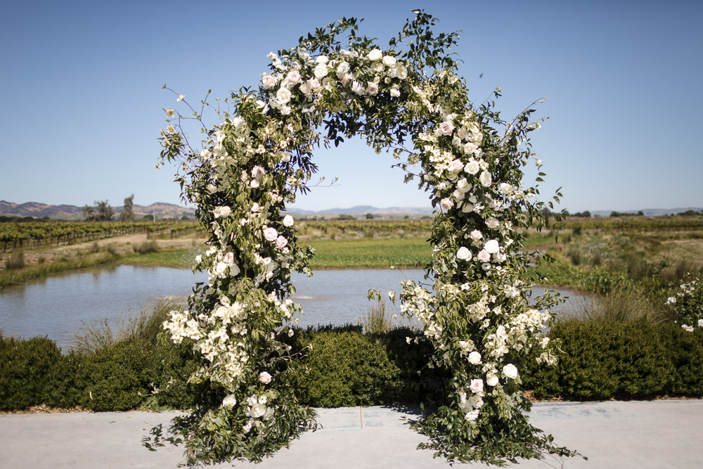 CALIFORNIA-WEDDING-PLANNER-SONOMA-NAPA-LUXURY-EVENT-ARCH-FLOWERS-ARBOR--6.jpg