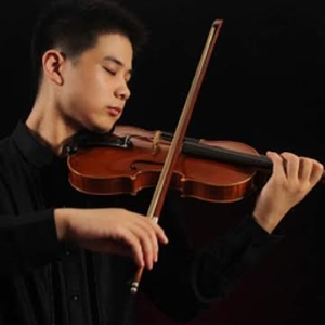 Wang Jinyu - Jinyu Wang was born in China, he started learning the violin with his  grandfather when he was 4. He is currently a student at Yong Siew Toh  Conservatory of Music, National University of Singapore where he studies  with Prof. Qian Zhou. In 2011, he won 3th prize in CCTV Piano and  Violin Competition on the violin of the youth group in China. In 2013,  Win the second prize in the American Thomas-Kumba Cup International  Competition in China. In 2014, he won the First prize and the Best  Performance Prize in Asian Music Competition on the violin of the  professional youth group in Korean. In 2016, he won 2th prize at Futian  International Violin Competition in China.