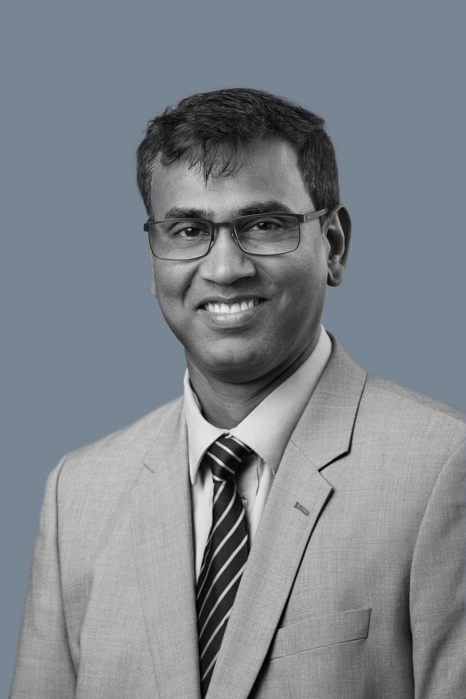 Suresh Kumar, Accountant