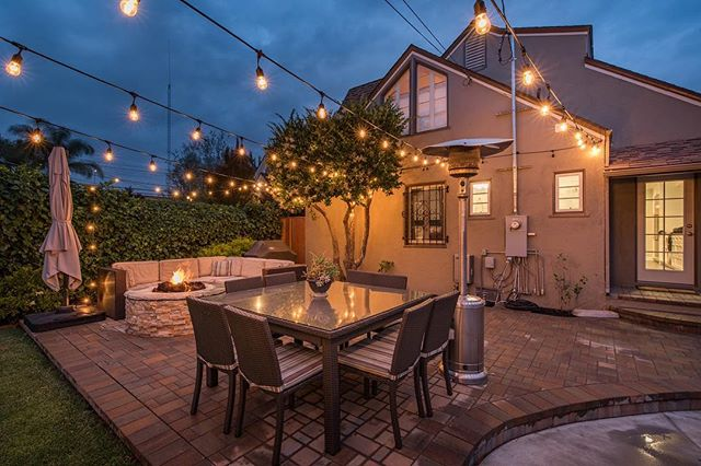 Definitely the kind of backyard I'd want to use to wind down my weekend. 🙌 Hope everybody had a great one and stay tuned for a valuable piece of advice from my blog to kick off your week tomorrow! . . . VISIT: www.robertrodriguezinc.com . . . #losangeles #realtor #larealtor #realestate #weekendwinddown #sundaynight #sundaynightchill #lalife #listingagent #realtorlife #larealestate #househunting #openhouse #westla #studiocity #thevalley #westhollywood #midcities