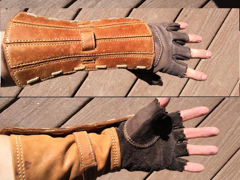 left glove.jpg