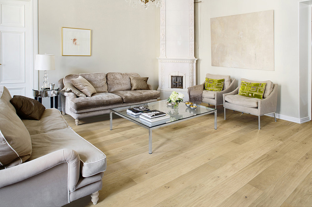 Oak Classic, brushed Nordic wax oil-3 widths_RGB.jpg