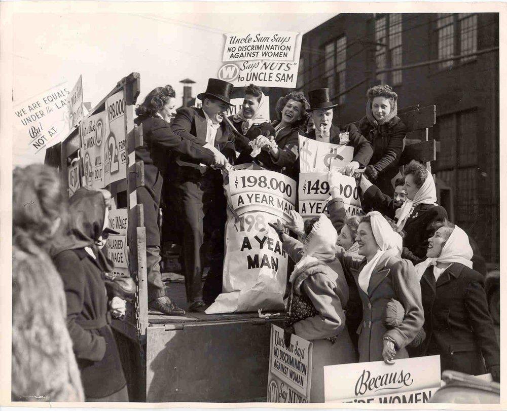 Photocredit:  University of Pittsburgh, Westinghouse 1946 Strike Photos