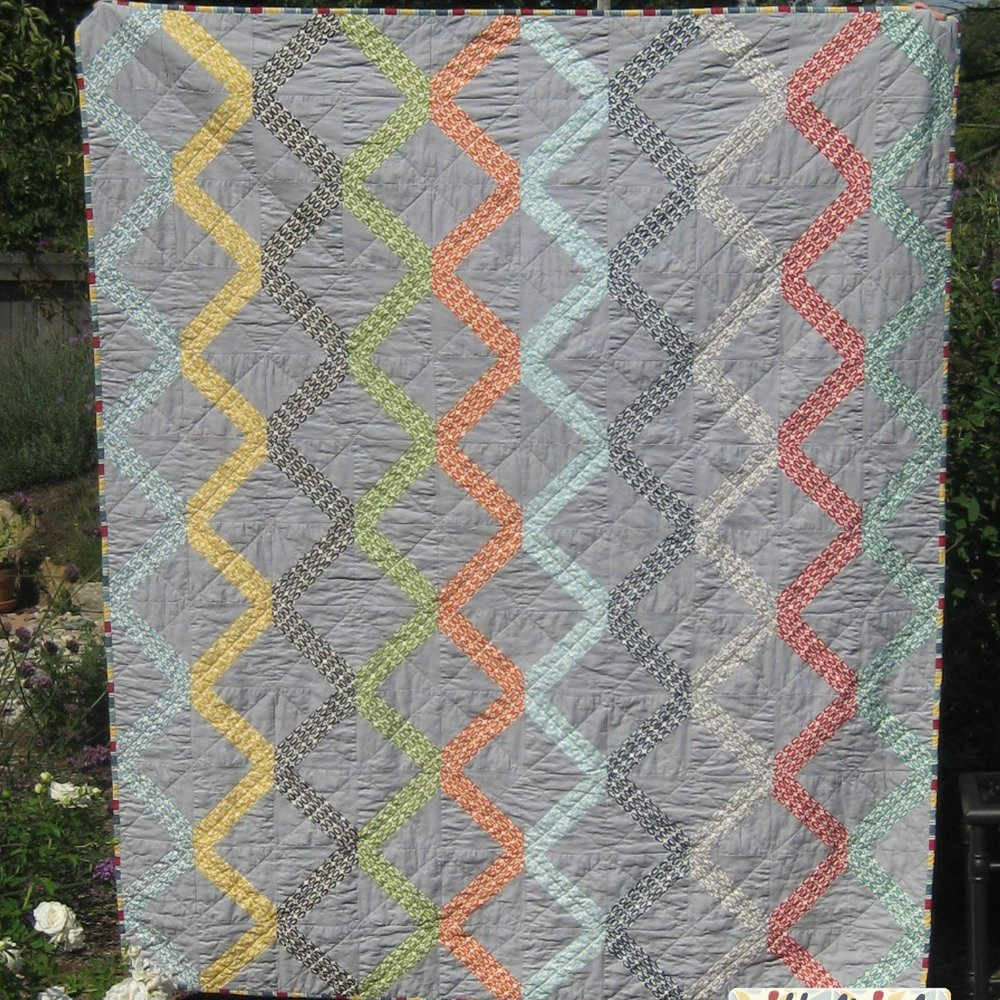 pezzy-lattice-quilt-2.jpg